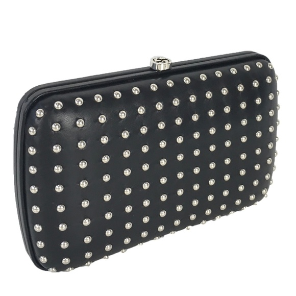 9728b86b22 Gucci Women's Studded Evening Clutch 310005 Black NWT